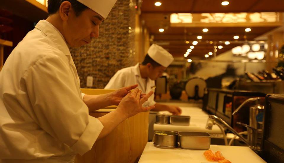 nhà hàng sushi quận 1